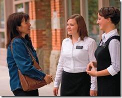 Mujeres Misioneros Mormones